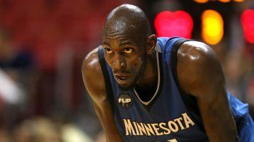 Garnett calls out 'snake' Timberwolves owner