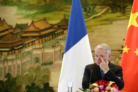 """Francia dice que comentarios de Assad sobre el ataque químico son """"mentiras"""""""