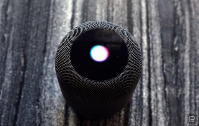 Siri will dringend Alexa und Google Assistant einholen