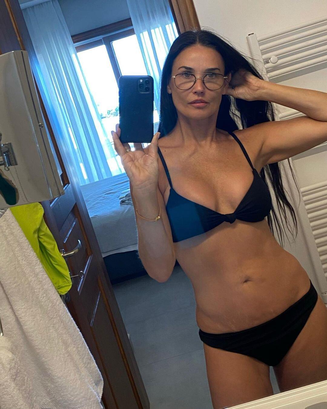 Demi Moore Shows Off Her Physique in Sexy Bikini Selfies: 'Another Day in Paradise'