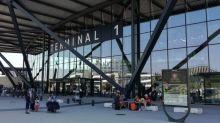 Lyon: Des courses-poursuites s'enchaînent autour de l'aéroport pour stopper un gang de voleurs de Mercedes