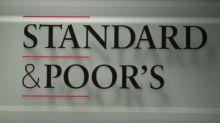 S&P rebaixa nota de crédito do Brasil para BB-
