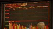 Global stocks rise on signs of easing trade tensions