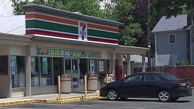 Feds accuse 7-Eleven owners of exploiting illegal workers