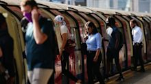 1 in 10 Londoners ditch face masks on the Tube despite TfL rules