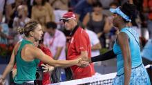 U.S. Open champ Stephens downs veteran Suarez Navarro to reach quarters
