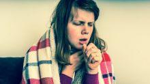 La enfermedad (mortal) que te pueden contagiar al toser, estornudar o escupir