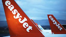 EasyJet Founder Threatens to Oust Board Over Airbus Order