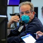 Dow falls 600 points to start second quarter as virus anxiety grows