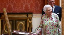 Angleterre : noces de platine pour le couple royal