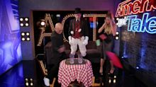 Heidi Klum and Howie Mandel miserably fail at magic on 'AGT'