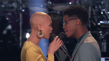 Sexiest 'Voice' Battle ever: 'I didn't know if I was supposed keep watching or look away'