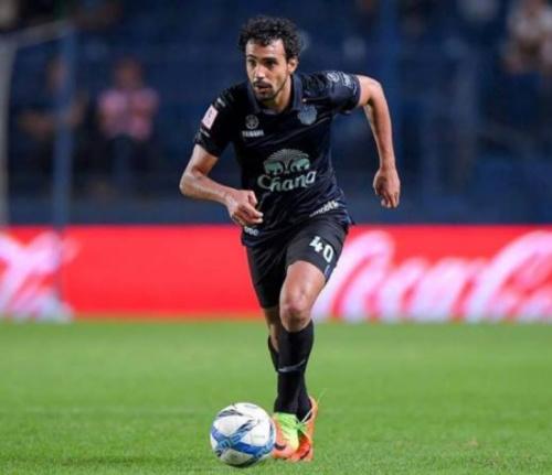 Ex-Fla e Palmeiras, Diogo dá assistência e ajuda time no Tailandês