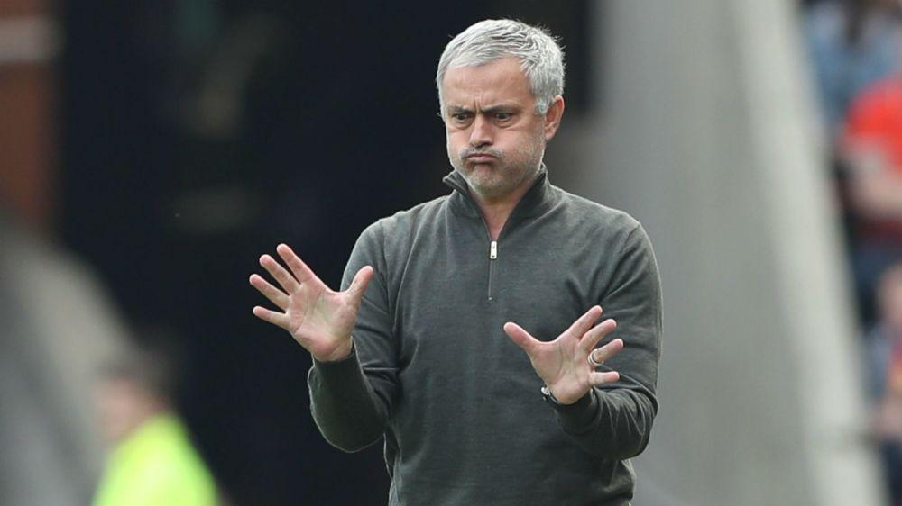 Manchester United: Mourinho glaubt noch an Rang vier