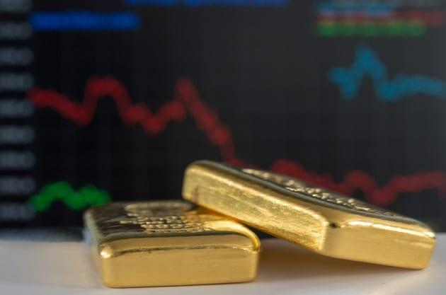 Gold Clearly Reverses at Consolidation's Upper Border
