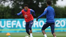 Jadon Sancho forced to play waiting game for England despite shining for Borussia Dortmund