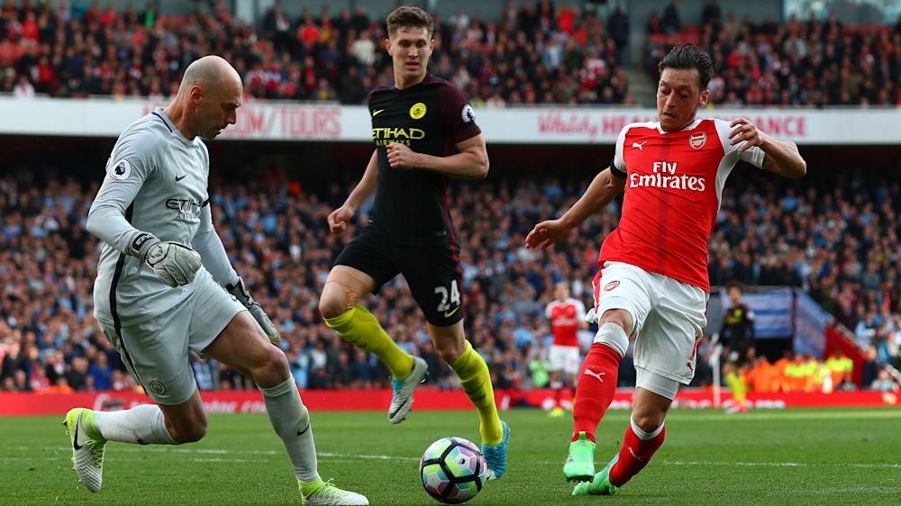 Ozil bottled it! – Neville slams Arsenal star, Koscielny & Walcott