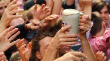 Ministerin Klöckner sieht Alkohol-Mindestpreis skeptisch