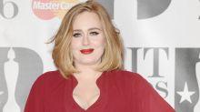 Süßer Gruß: So gratuliert Adele ihrer Freundin Emma Stone zum Oscar