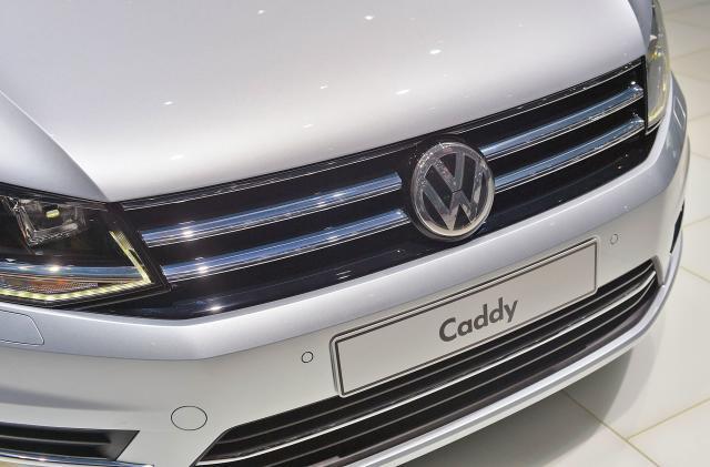 Volkswagen ponders a luxury Uber rival with Porsche cars