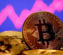 Amazon Bitcoin job ad boosts cryptocurrency surge