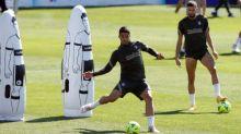 Luis Suárez returns to Barcelona with tight La Liga race on the line