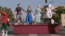 Cast of 'Frozen 2' stops traffic with chaotic musical performance