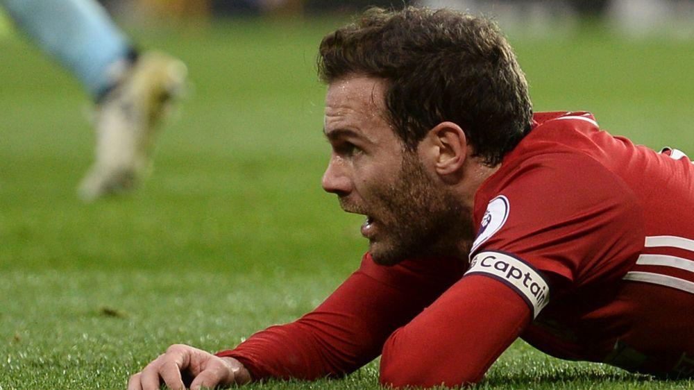Manchester United, Mata si opera all'inguine: stagione già finita?
