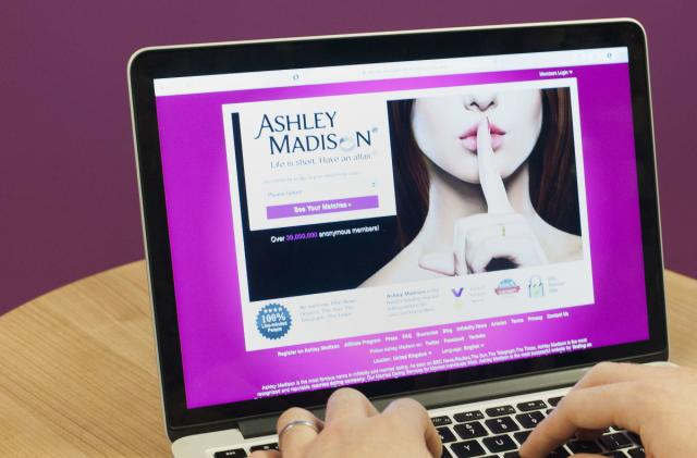 Ashley Madison offers $376,000 bounty to help find hackers