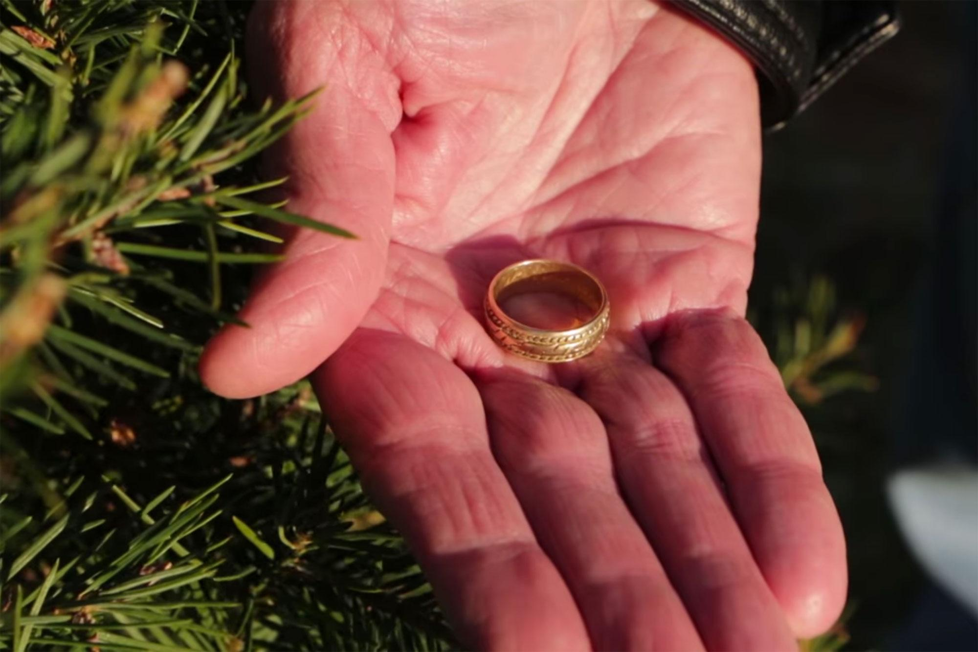 Wedding Ring Lost on Christmas Tree Farm 15 Years Ago Returned to ...