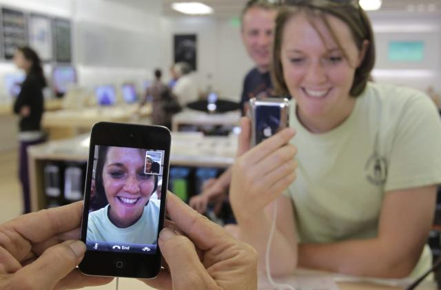 Apple loses FaceTime patent retrial, ordered to pay $302.4 million