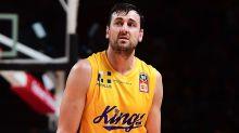 Adelaide dethrone Bogut's Kings again