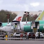 Panel: Pilots won't need simulator training for Boeing jet