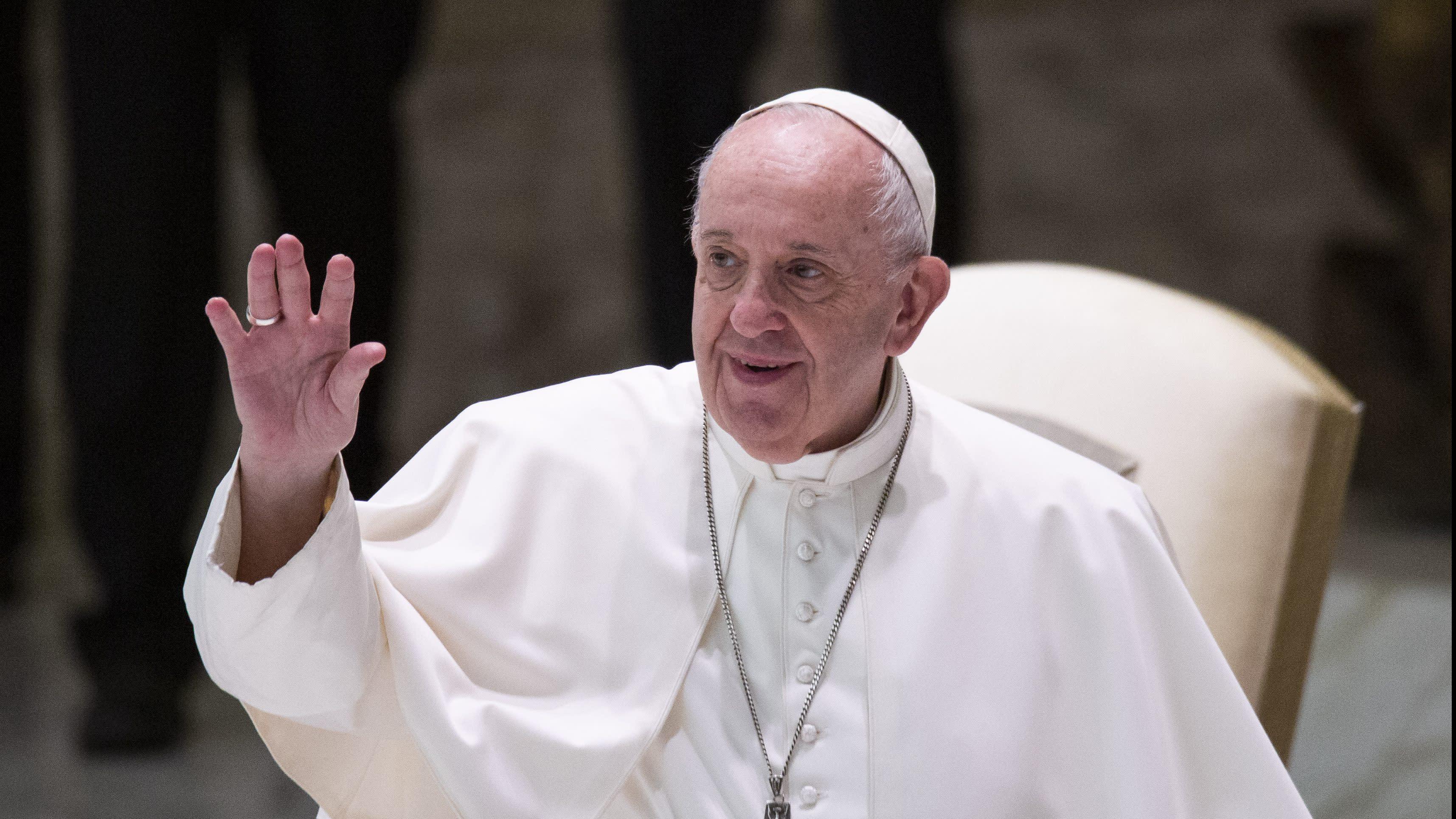 Thông cáo Tòa Thánh: Đức Thánh Cha Phanxicô trả lời về hôn nhân đồng tính