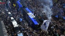 Foot - ITA - Inter - Les ultras de l'Inter rendent hommage à Simon Kjaer et Christian Eriksen