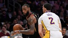 LeBron James' casual, no-look pass fooled everyone on the Lakers