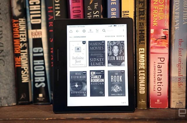 Amazon will donate Kindles to promote digital reading