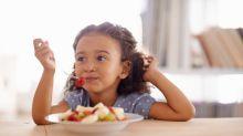 Logra que tus hijos coman saludablemente