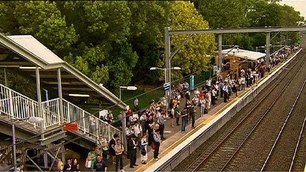 Commuter chaos as train hits powerlines