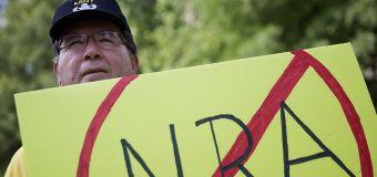 Companies cut NRA ties amid boycott calls