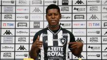 Cortez, do Botafogo, não vê problema em ter chamado Flamengo de 'maior do Brasil': 'É normal'