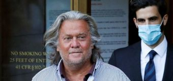 Trump pardons former top strategist Steve Bannon