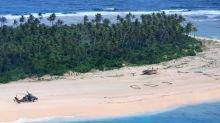 Des marins naufragés sur une île de Micronésie s'en sortent grâce à un SOS dans le sable