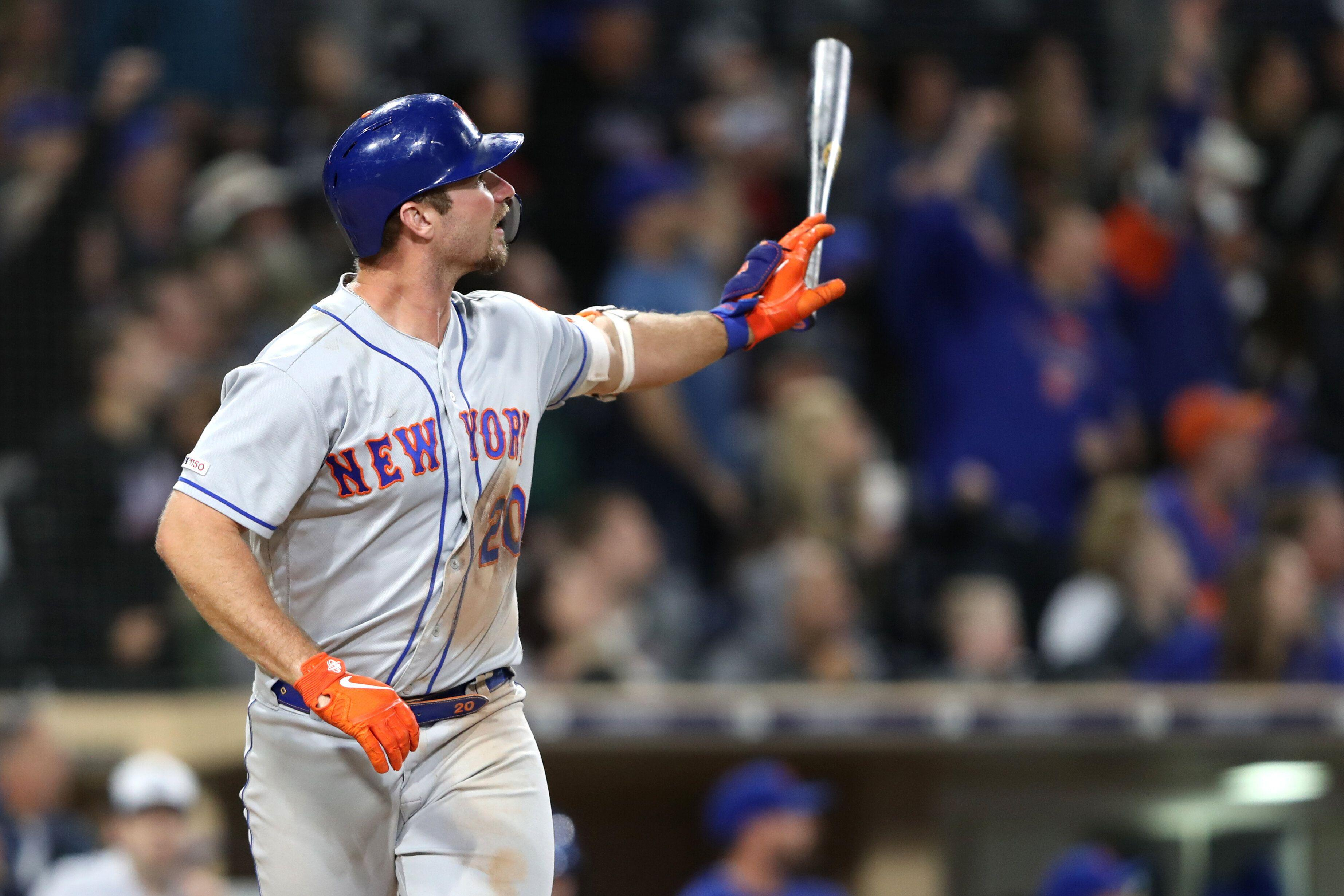29be1b8bb Mets' Pete Alonso apologizes after bat flip nearly decks umpire