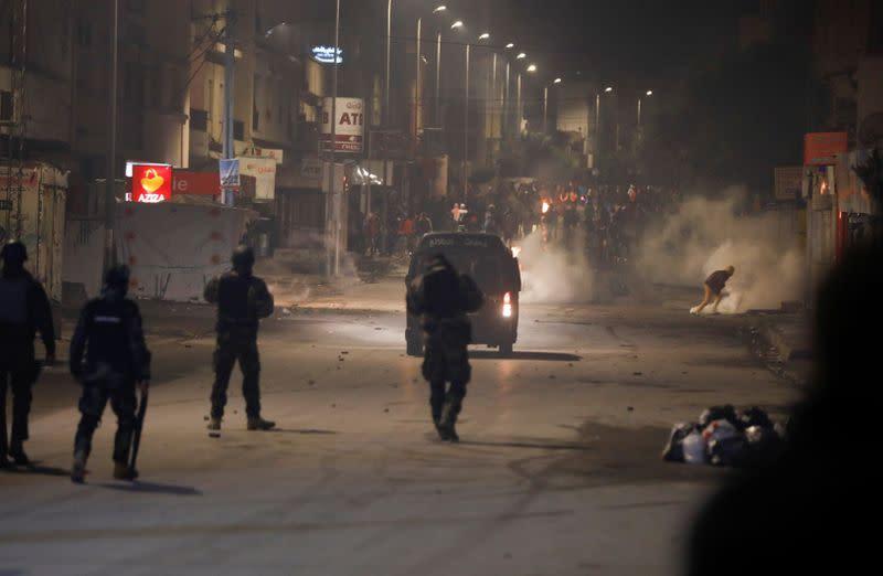 Tunisie: Nouveaux affrontements entre manifestants et forces de l'ordre