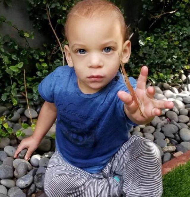 Tyra Banks Son: Tyra Banks Shares Baby Photos!