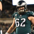 Jason Kelce speaks out on George Floyd after Eagles team meeting