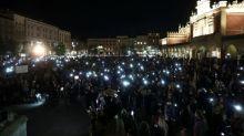 El Gobierno polaco alerta sobre el riesgo de COVID por las protestas por el derecho al aborto