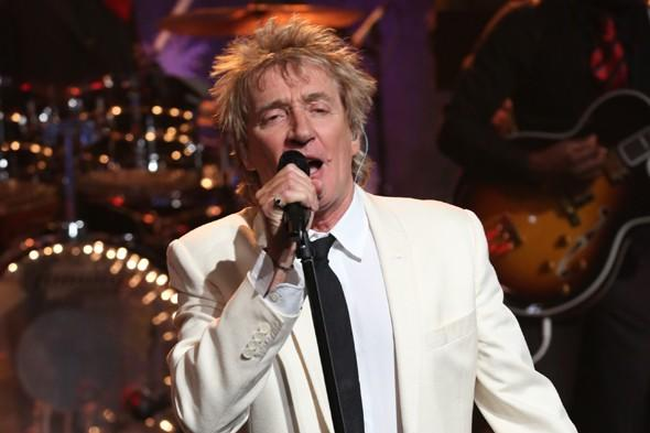 """<p>Apparently Rod Stewart hates the light coming into his room so much that he has a """"darkening team"""" to scout hotel rooms ahead of time, making sure no light comes in and he can enjoy his afternoon nap in complete darkness. Avid football fan Rod also reportedly needs thirteen footballs to kick about his suite.</p>"""