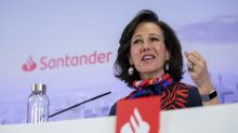 Santander bosses take 50% pay cut to fund Covid-19 fight